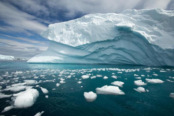 Antarctica circle cruise